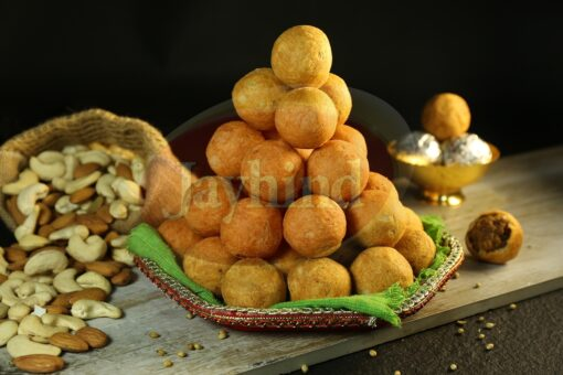 Only Jayhind Sweets Make Best Dry Fruit Kachori In All Over World, We Deliver Dry Fruit Kachori All Over The World. Buy Now On jayhindsweets.com